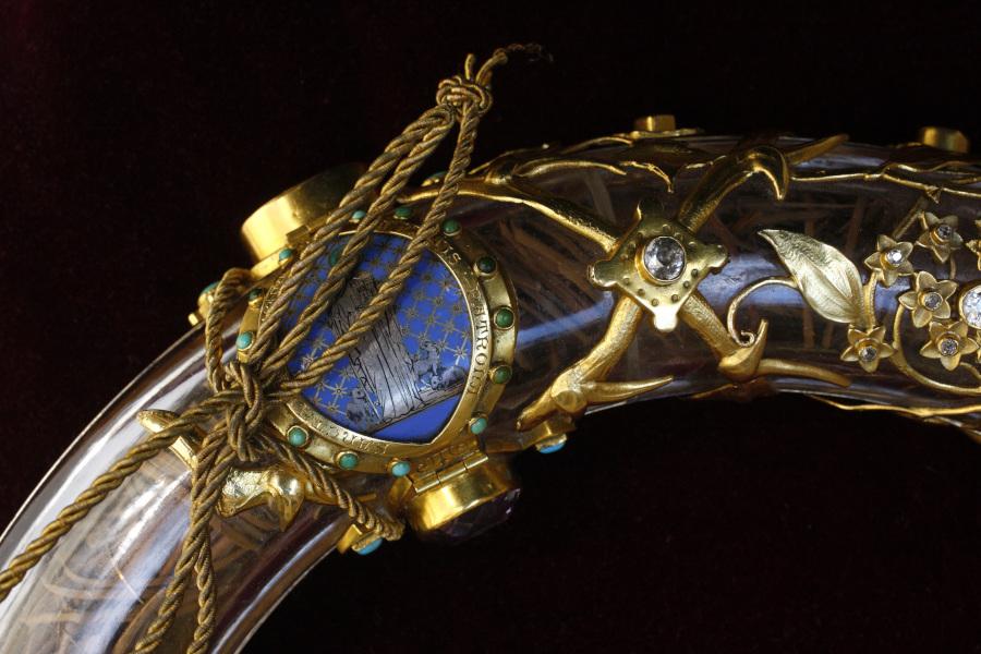 Les Reliques de la Passion, gros plan sur la sainte Couronne d'Epines